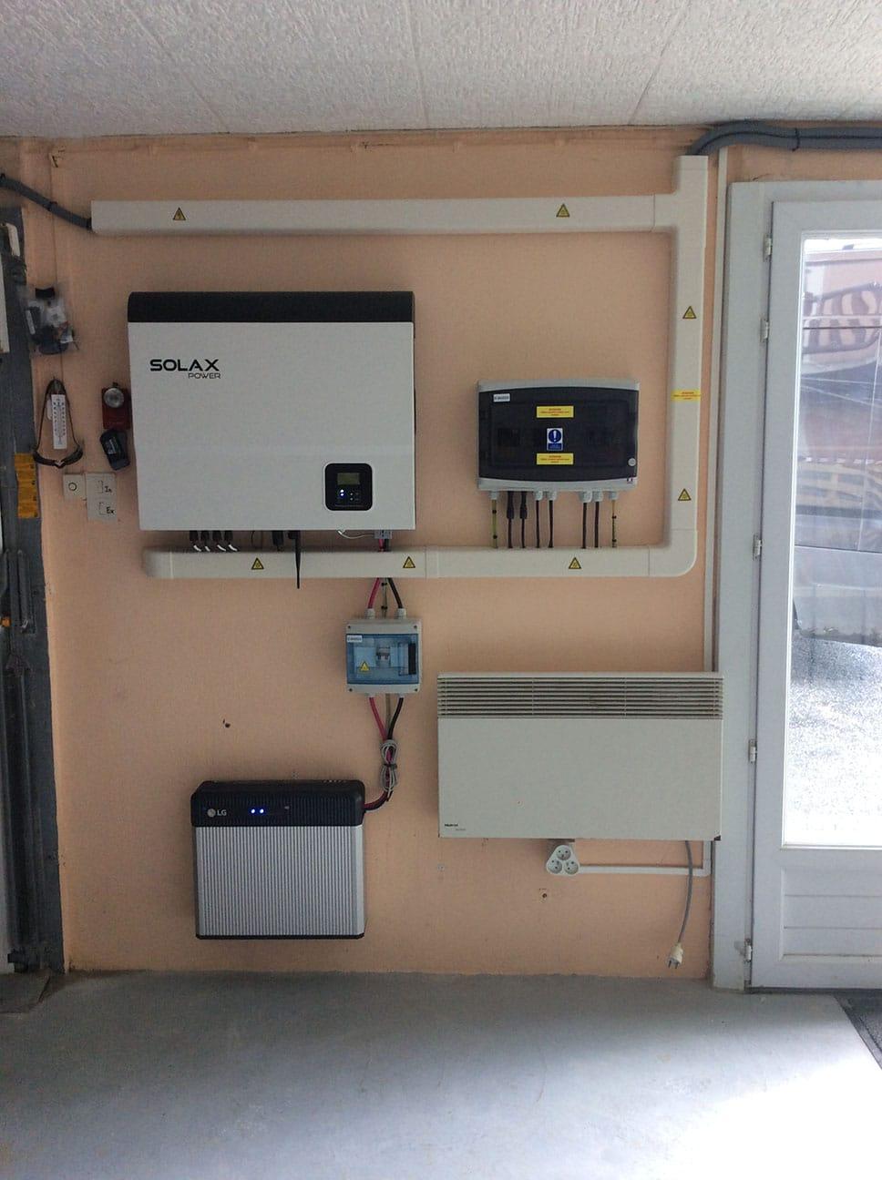 Installation de panneaux solaires par Minoria Concept